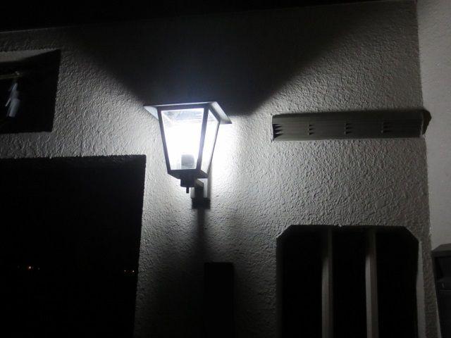 門灯センサー交換 : 自然を満喫 ...