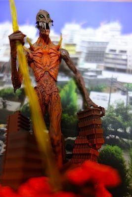 $尾山泰永の漫画生活-巨神兵のガチャガチャ