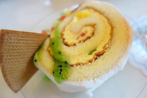 $尾山泰永の漫画生活-ロールケーキ