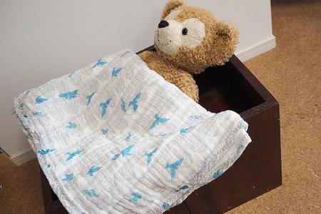 変化椅子は人形のベッドにもなります