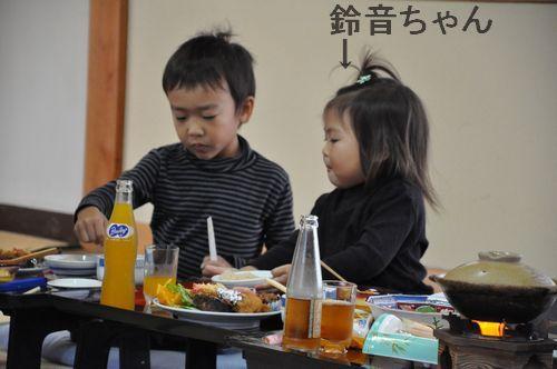 右が孫の鈴音ちゃん(2歳)