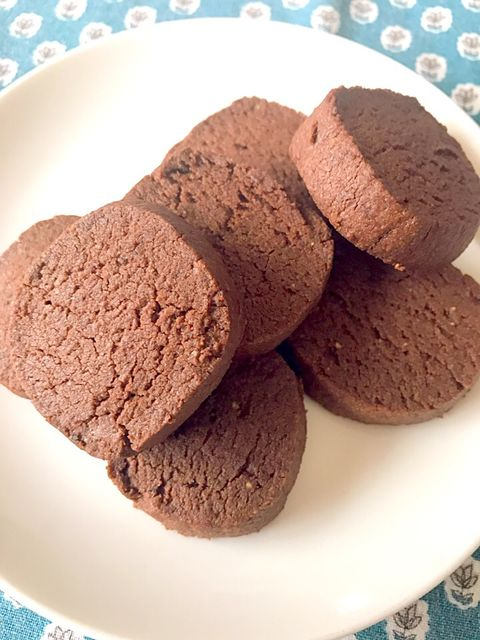 ブラックペッパーとココアのクッキー