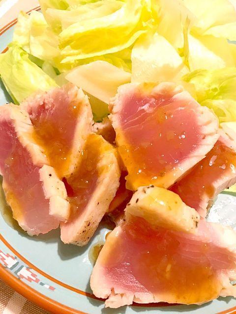 炙りビンチョウマグロのサラダ