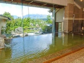 庭園露天風呂付き大浴場『峰望の湯(ほうぼうのゆ)』内湯