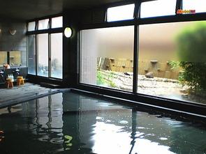 地下一階、大浴場