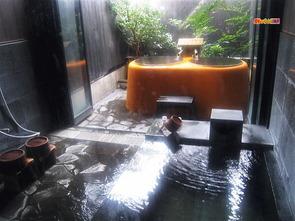 ぶんぶく茶釜の湯/五右衛門風呂