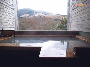家族風呂半露天ひのき風呂