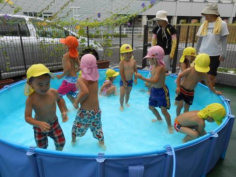 幼児水遊び