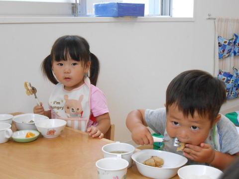 2歳児給食