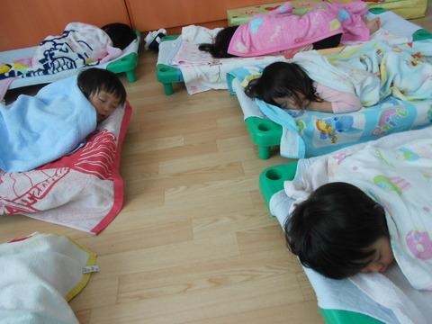2歳児寝顔