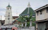 カンポン・クリン・モスク(イスラム寺院)