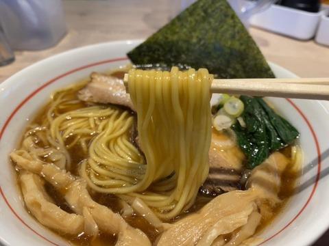 マルキ食堂 麺上げ