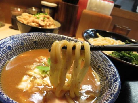 鶴嶺峰 麺上げ