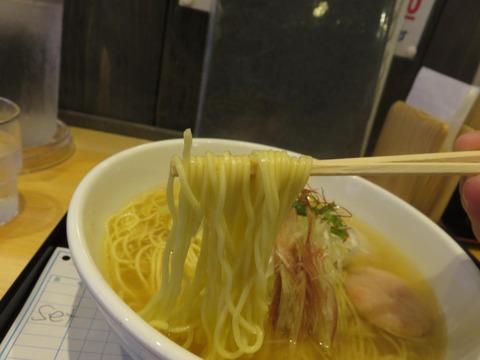 海神池袋 麺上げ