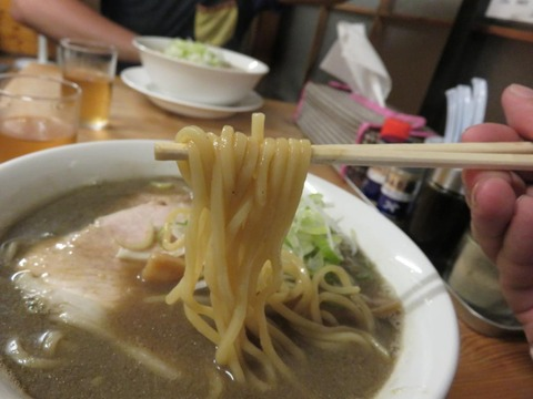 にぼし 麺上げ