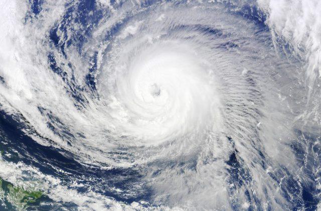 ネット「嫌な予感がする」気象庁、観測史上初「7月の台風発生ゼロ」も油断するなと呼びかけ
