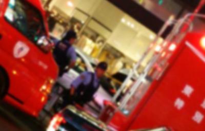 池袋駅東口・ビックカメラ近くの服屋に車が突っ込み複数人が怪我 うち2人は重体