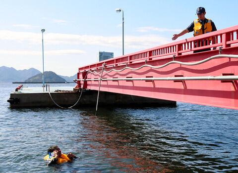 コロナで「海釣り」が空前の大流行、一方転落死が3倍に激増