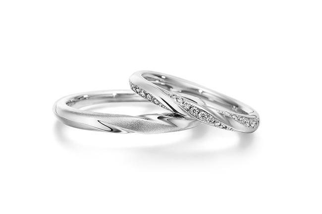 32歳こどおじニートパチンコしたくて親の婚約指輪を質に入れるか悩んでる