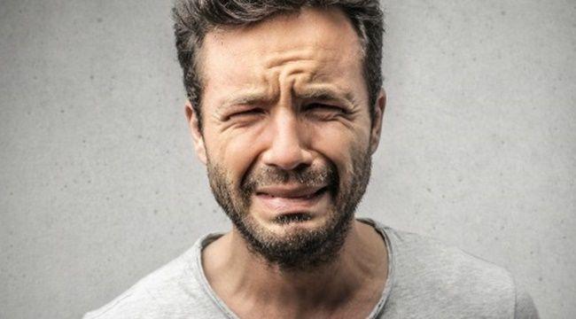 【悲報】ワイ、パチンコ台に煽られ咽び泣く