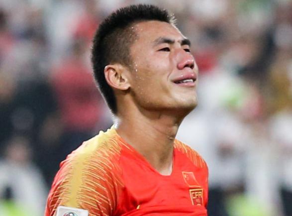中国サッカーの問題点は金を使うほどに弱くなる事?