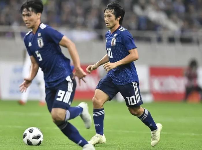 日本代表の南野・中島・堂安は冬移籍したらアジアカップはどうなる?