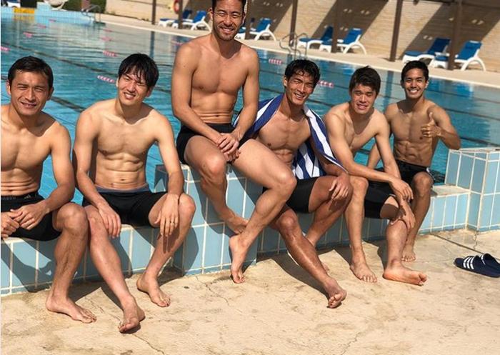 【 画像 】サッカー日本代表メンバーが裸でパシャリ!!
