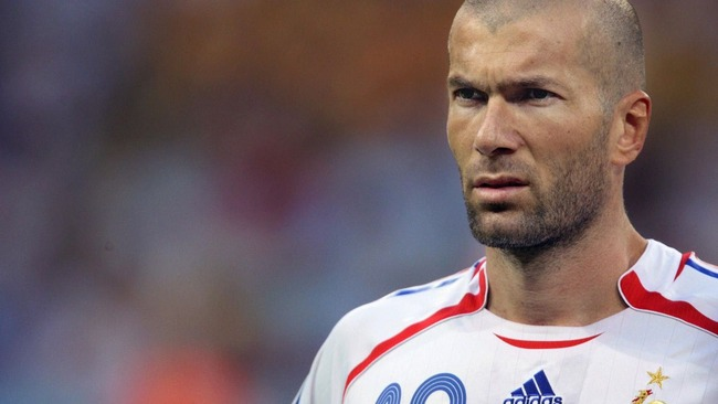 【動画】歴代で1番うまいサッカー選手って誰なの?