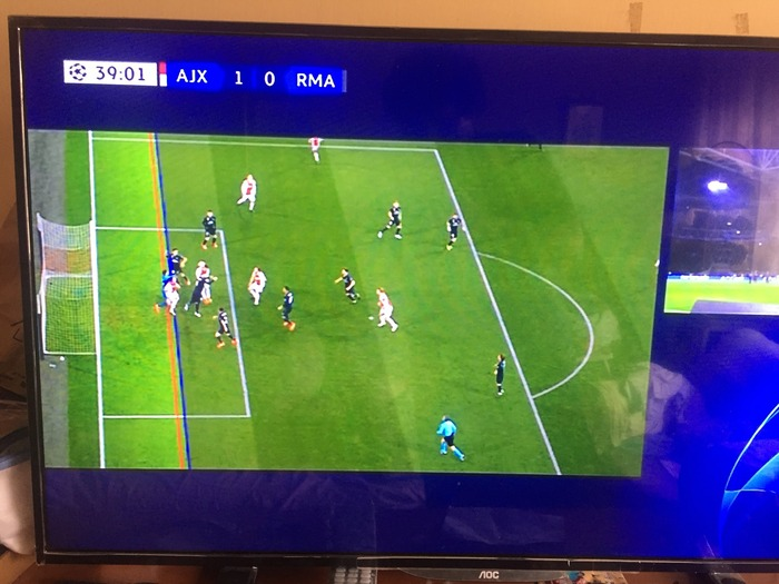 今日のレアル戦をみたサッカーファンがVARを「ビデオ・アシスト・レアル」って呟きまくってるw