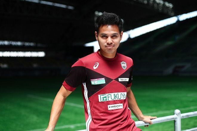 「ヨーロッパより日本でプレーすることが僕の夢でした」by タイ代表ティーラトン