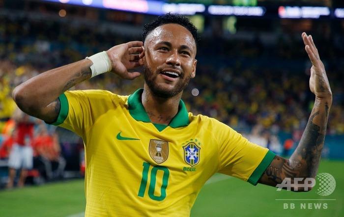 ブラジル 10番