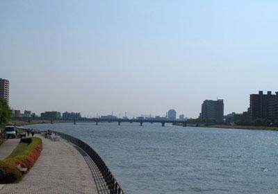 萬代橋から信濃川