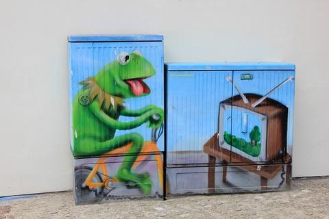 street-art-2205605_640