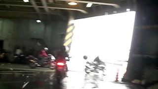 ハーレーのツーリング フェリー降車