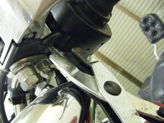 ハーレーのクラッチレバー交換特殊工具