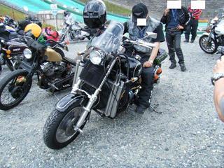 ボスホスのバイク
