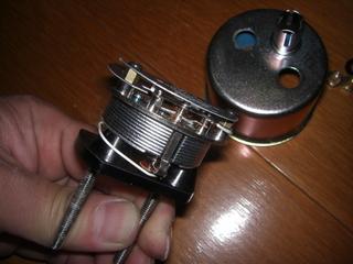ハーレーダビッドソンのシリンダーヘッド温度計内部