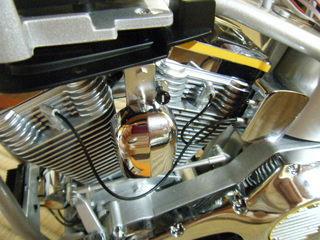 ハーレーのエンジンとプラグコード