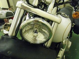 ハーレーの旧型ヘッドライト
