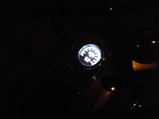 ハーレーのメーターパネルバックライト