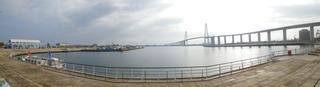 新湊大橋と海王丸パーク
