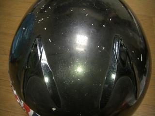 ヘルメットの後方エアーベンチレーション