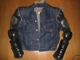 ハーレーダビッドソンに乗るときのジャケット