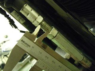 ハーレーのクラッチワイヤー調整機構