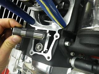 ハーレーの油圧タペット