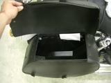 ハーレーダビッドソンのレザーバッグ蓋開閉