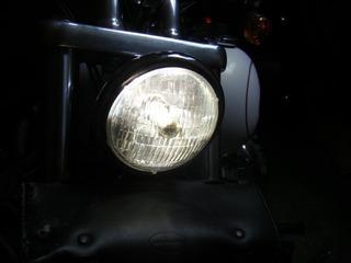 ハーレーのヘッドライト