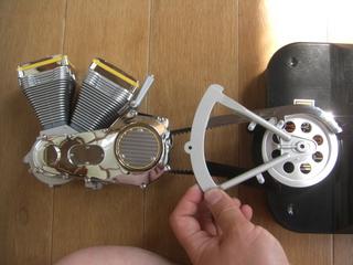 ハーレーダビッドソンのエンジン、ベルト、スプロケ、スイングアーム