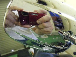 ハーレーのミラーと虫跡除去