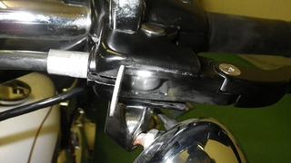 ハーレーダビッドソンのクラッチケーブル調整方法
